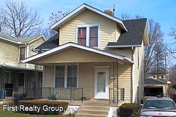 Building, 217 Reisinger Ave, 0