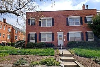 Building, 910 S Patrick St, 2