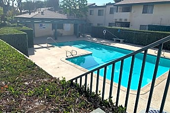 Pool, 10636 Woodley Ave, 2