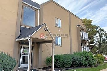 Building, 5676 Meadow Ln, 0