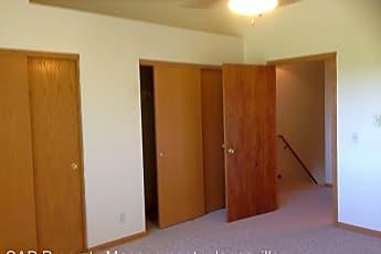 Bedroom, 3102 Midvale Dr, 2