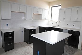 Kitchen, 1421 N Franklin St, 0