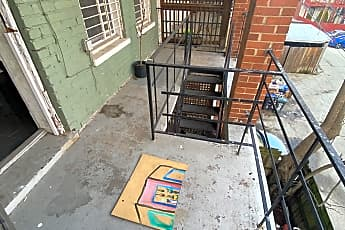 Patio / Deck, 2711 11th St NW, 2