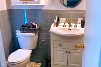Bathroom, 191 Birch Hill Rd, 2