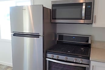 Kitchen, 425 Rodeo Ave, 1
