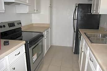 Kitchen, 10544 Stone Canyon Rd 220, 0
