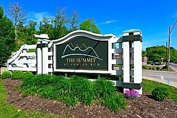 Community Signage, The Summit at Coates Run, 2