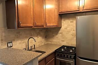 Kitchen, 3620 N Pine Grove Ave Apt 206, 0