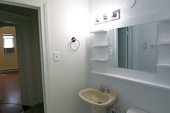 Bathroom, 407 S Holly St A, 2
