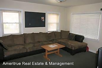 Living Room, 695 E 420 N St, 0