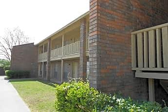 Hillcrest Apartments, 0