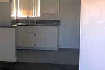 Kitchen, 21645 Powhatan Rd, 2