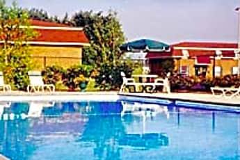 Pool, Pine Run Townhomes, 1