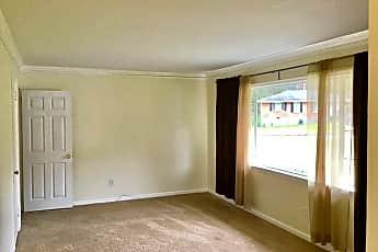Living Room, 742 Quaker St SW, 1