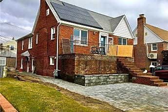 Building, 447 E Penn St LOWER, 0