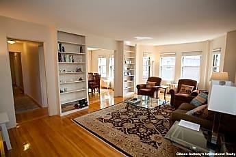 Living Room, 993 Memorial Dr, 0