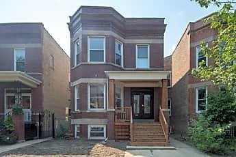 Building, 2213 W Addison St, 0