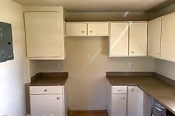 Kitchen, 353 Pearlwood St, 0