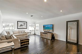 Living Room, 8370 SW 88th St, 0