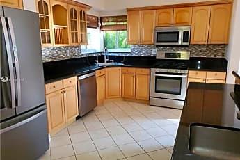 Kitchen, 949 Van Buren St, 0