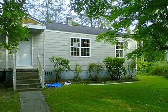 Building, 1021 Brandon Ave, 0