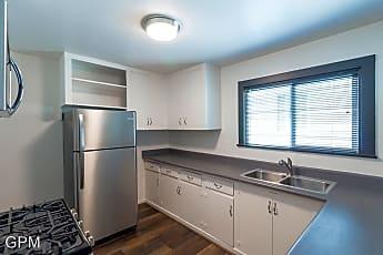 Kitchen, 2015 Park Dr, 0