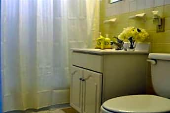 Bathroom, Laurel Ridge Apartments, 2