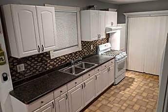 Kitchen, 98 W Pulaski Rd, 0