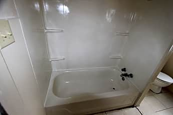 Bathroom, 1429 Judson St, 2