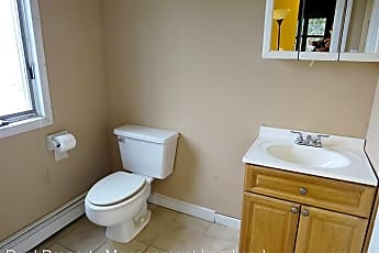 Bathroom, 2753 N Jerusalem Rd, 2