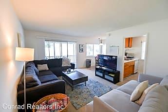 Living Room, 2715 Calle Del Comercio, 1