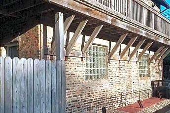 Building, 421 E 41st St Unit 4, 0