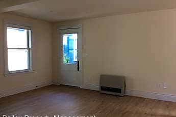 Living Room, 510 Lincoln St, 1