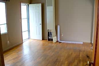 Living Room, 1 Idaho Ave, 2