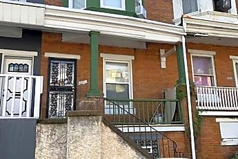 Building, 5528 Jane St, 0