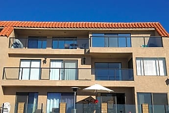 Building, 250 Avenida Lobeiro, 1