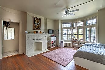 Living Room, 130 E Gorham St, 0