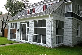 Building, 18 Alden Ave, 0