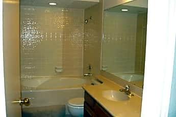 Bathroom, 513 Ranch Trail !22, 2