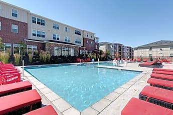 Pool, Grove at Pullman, 0