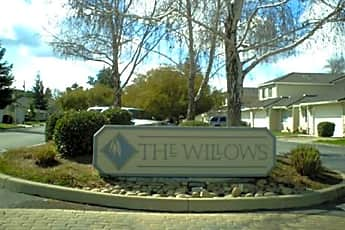 The Willows Townhomes, 0