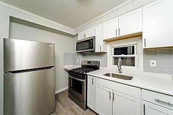 Kitchen, 139 N Pine Ave, 0