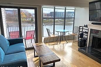 Living Room, 500 Market St, 1