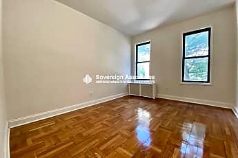 Living Room, 590 Fort Washington Ave 2H, 0