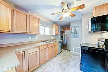 Kitchen, 226 Seward St, 0