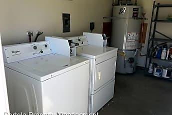 Kitchen, 508 Caledonia St, 2