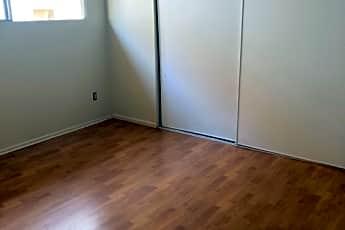 Living Room, 10230 Samoa Ave, 1