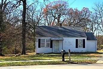 Building, 2551 N Summit Ave, 0