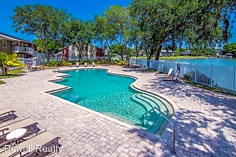 Pool, 302 Lake Parsons Green, 0