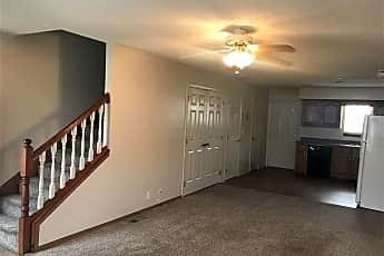 Living Room, 777 Cardinal Dr, 0